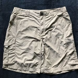 Columbia sun protection shorts for men's